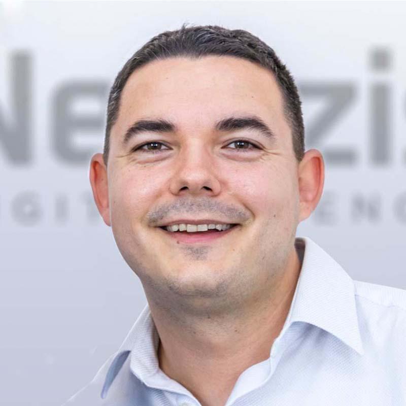 László Tamás - Netezis Kft.